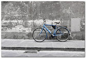 Blue bicycle — Stock Photo