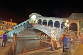 Rialto Bridge, Venice at night — Stockfoto