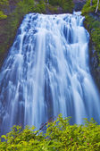 Beautiful narada falls in mt rainier — Stock Photo