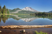 Sisters Reflection Sparks Lake — Stock Photo
