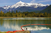 Mt Shuksan back view from baker Lake — Стоковое фото