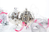 Luxurious silver christmas still life. — Foto de Stock