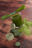 Green food supplements. Detox. — Stock Photo