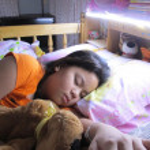 A sleepy girl — Stock Photo