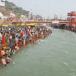 Indian people bathe in Ganga river during celebration Kumbha Mela in Haridwar, India. — Stock Photo