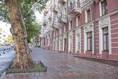 在乌克兰敖德萨的街道上人行道. — 图库照片