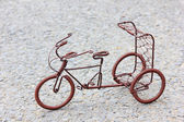 Toy crafts bicycle made of copper wire — Stock Photo