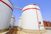 Storage tanks in a chemical plant — Stock fotografie