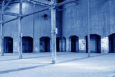 Dilapidated building in a factory — Stock fotografie