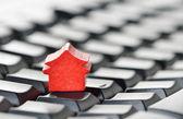 Koncepcja online nieruchomości — Zdjęcie stockowe