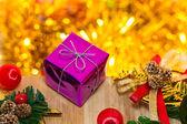 Weihnachten und glückliches neues jahr geschenk-boxen dekoration — Stockfoto