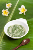Thai dessert made from rice noodles that eaten with coconut milk , name Lod-Chong — Stock Photo
