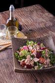 Tuna and vegetable salad — Stock Photo