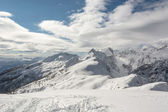 Mountain covered in snow — Stock Photo