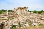 Ruïnes van een oude tempel — Stockfoto