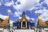 The Emerald Buddha temple — Stock Photo