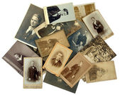Family history: stack of old photos — Foto Stock