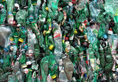 Recycling van groene flessen — Stockfoto