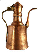 Antique copper coffee pot — Stock Photo