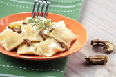 Portion of ravioli with mushrooms and sauerkraut  — Stock fotografie