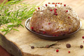 Raw ham in marinade — Stock Photo