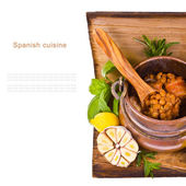Soup of lentils in an old copper pot — Stock Photo
