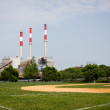 Power plant and baseball field, Roosevelt Island, New York. — Stock Photo