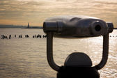 Statue of Liberty as seen from telescopes at Pier 25, Hudson Riv — Stock Photo