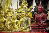 Małych posągi buddy — Zdjęcie stockowe