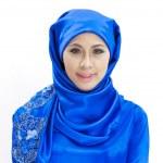 Beautiful Asian Muslim woman smiling — Stock Photo