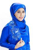 漂亮的亚洲穆斯林女子微笑 — 图库照片