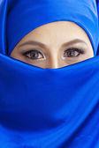 Muslim woman in blue scarf — Stock Photo