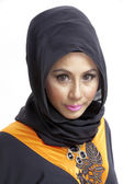 Muslim woman with headscarf — Stock Photo