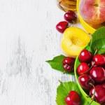 ������, ������: Ripe peaches and cherries