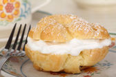 Cream Puff Closeup — Stock Photo
