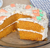 Carrot Layer Cake Slice — Stock Photo