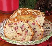 Sliced Cranberry Bread — Stock Photo