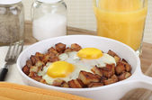 Egg and Potato Breakfast — Stock Photo