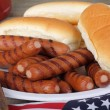Grilled Hot Dogs and Buns — Stock fotografie