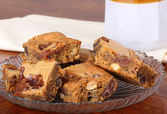 Nutty Peanut Butter Squares — Stock Photo