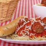 Постер, плакат: Spaghetti and Meatballs