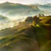 Foggy Tuscan landscapes — Stock Photo