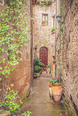 The old Etruscan town in northern Tuscany, Pitigliano, Italy. — Stock Photo