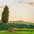 Tuscan well in the landscape of the Val d'Orci, Tuscany — Stock Photo #51159351