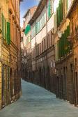 Twisted streets of Siena, Tuscany, Italy — Stockfoto