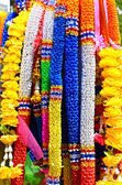 Artificial garlands are used to worship the sacred in Thailand. — 图库照片