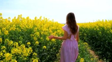 Young Woman in Vintage Dress Walking Down Path Flowers Spring — Stock Video
