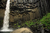Svartifoss waterfall and basalt columns — Stock Photo