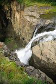 Pequeña cascada — Foto de Stock