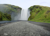 View to Skogafoss waterfall — 图库照片